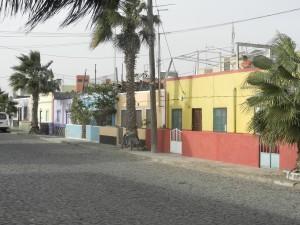 Färgglad hussamling i Palmeira
