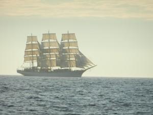 Ett 108 meter långt polskt segelskepp med fulla ställ