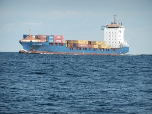 Lite Containerlastare på väg mot Klaipeda