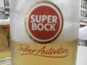 Portugisisk kall öl, smaklös men lättdrucken