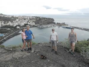 Liza och Jens samt Jordi och Amanda efter bergsvandring