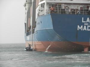 Lotsbåten i Palmeira på väg att hämta lotsen