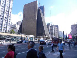 Avenida Paulista, stor affärsgata i Sao Paulo