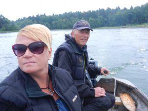 Hämtad av Anders med snurrebåt. På väg mot midsommar