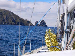 Pa vag runt Kap Horn. Detta ar vastra delen av on.